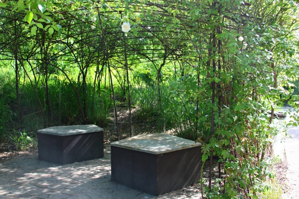 Wild garden quai branly museum paris for Jardin quai branly