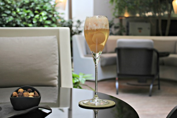 Happy Hour: luxurious cocktails on the terrace of the Mandarin Oriental, Paris