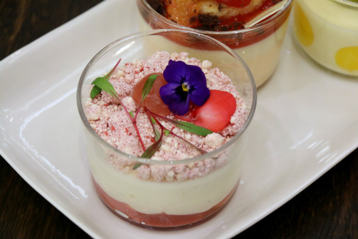 Fraise Sauvage Fine Desserts Exclusive To Harrods FRAISE DE BOIS AND RHUBARB SELF-SAUCING CHEESCAKE
