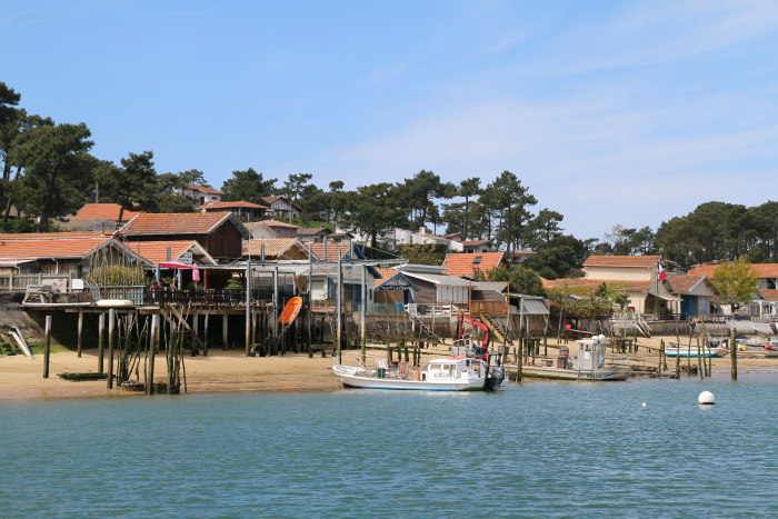 Le Bassin d'Arcachon le canon from the water