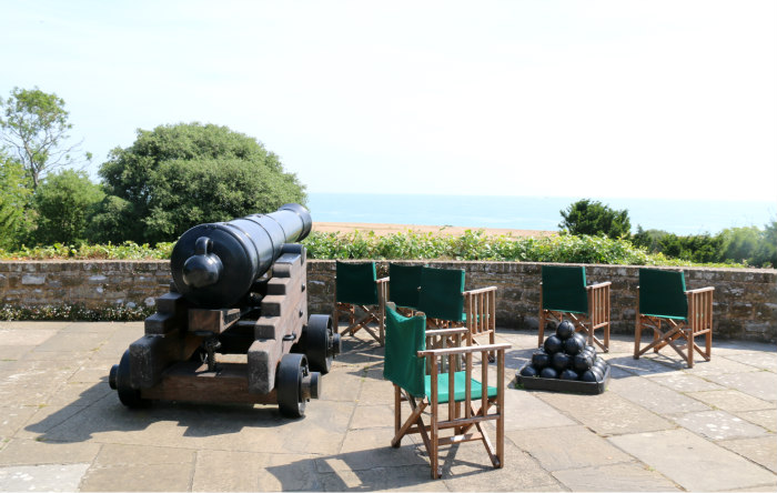 st margaret's bay kent deale walmer castle english heritage canon