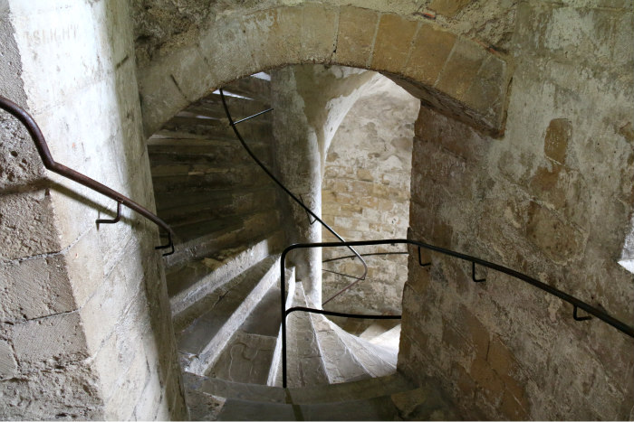 Kent dover castle stairs