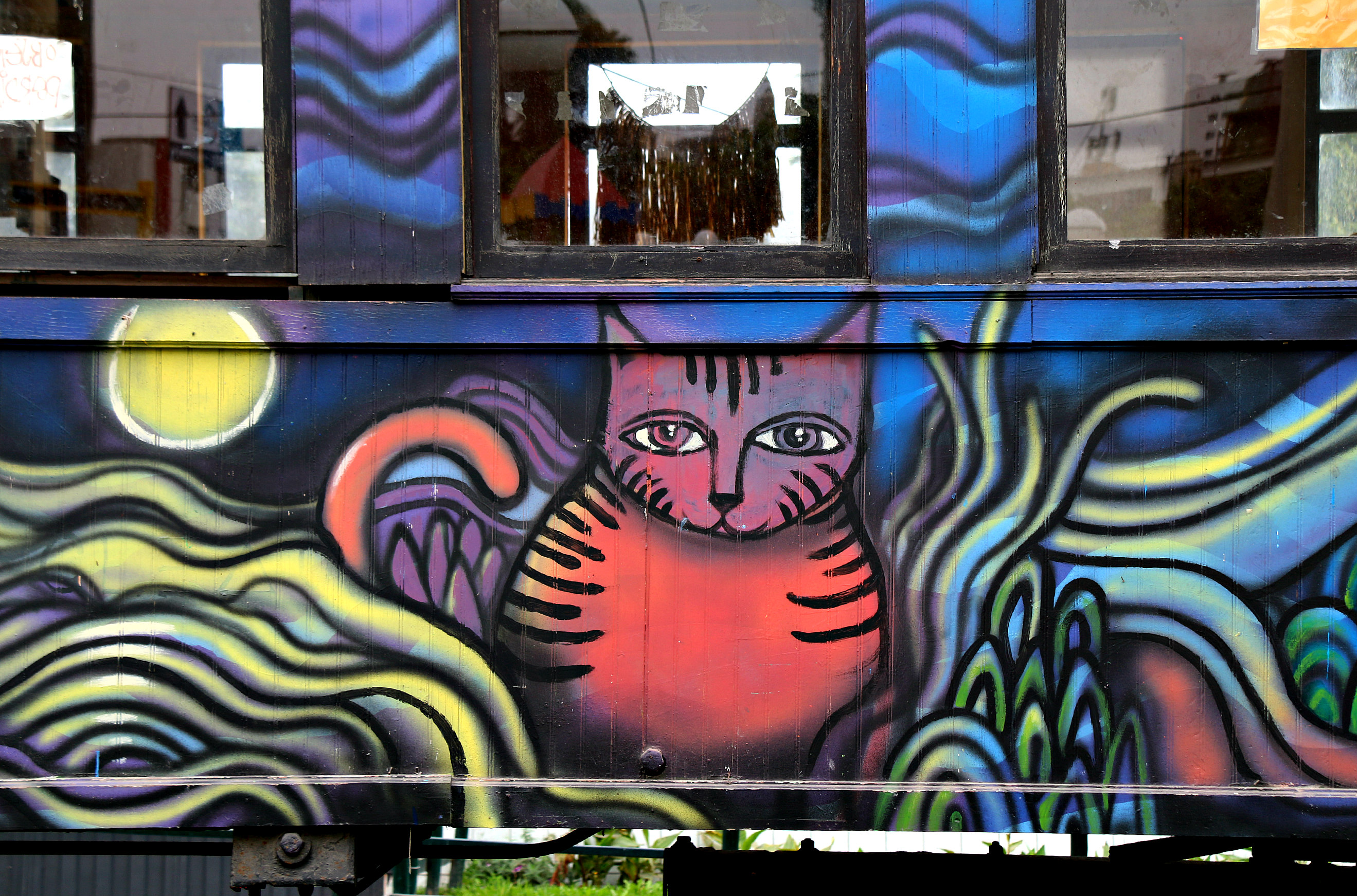 where to to find street art in Barranco, Lima cat bus by Los Salvajes aka Roberto Peremese, Nemo, Jimbo 3