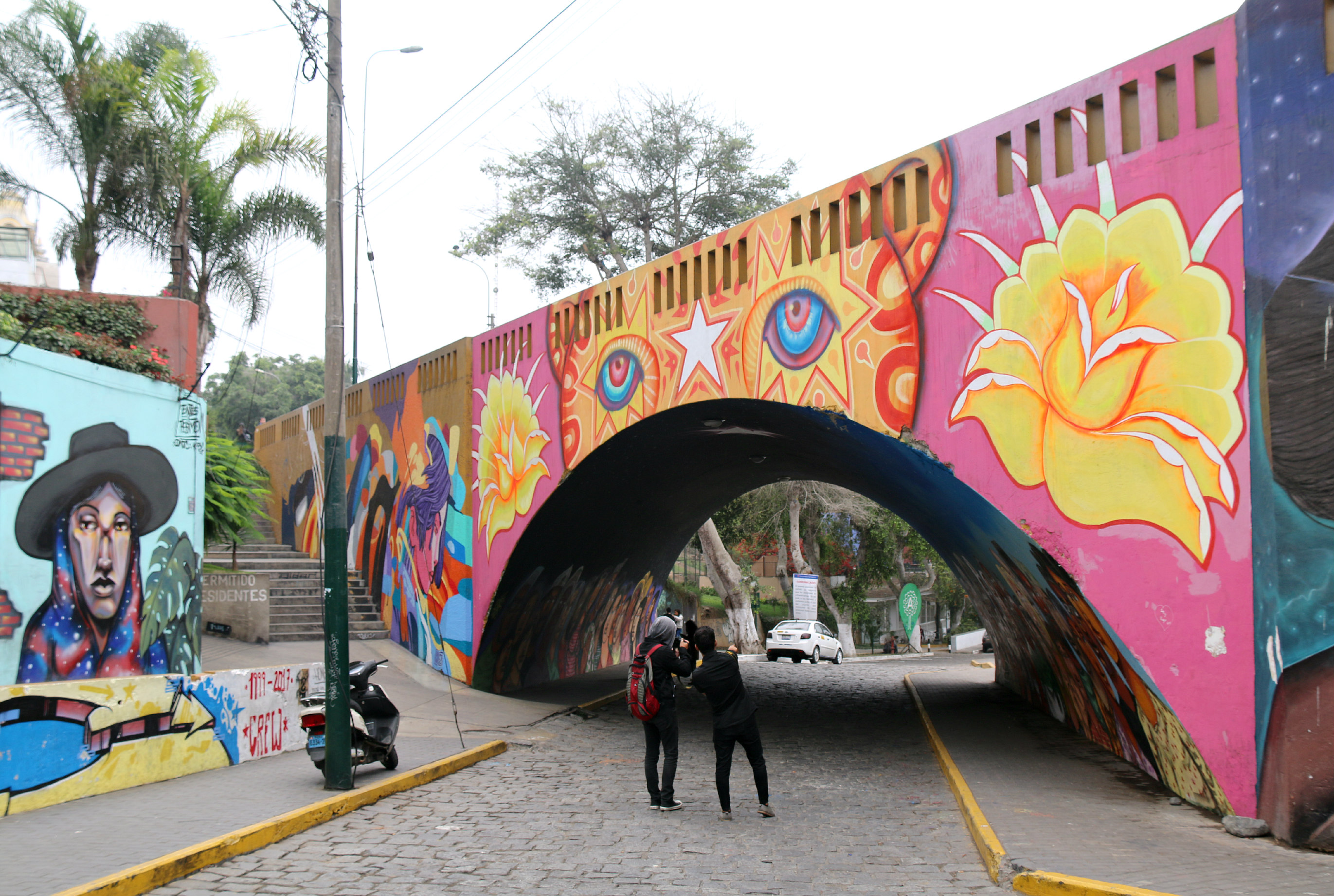 where to to find street art in Barranco, Lima Bajada de Baños Street bridge