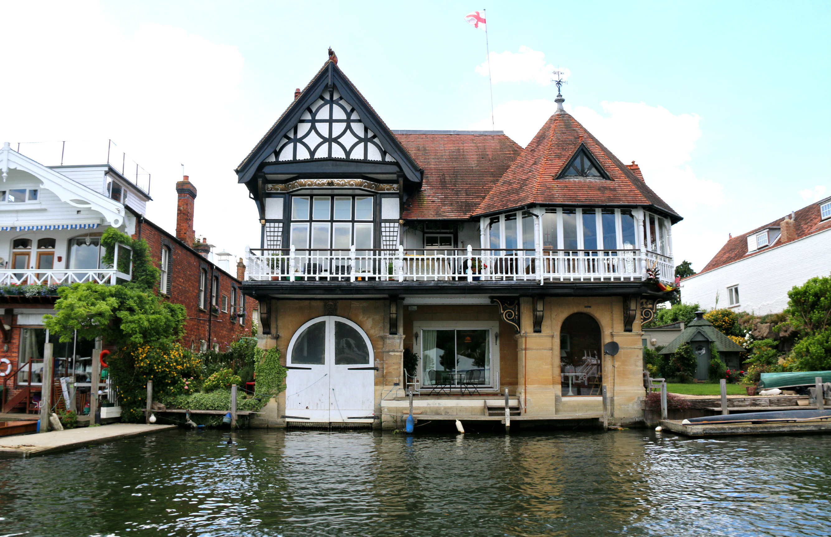 Hobbs of Henley boat tour 4