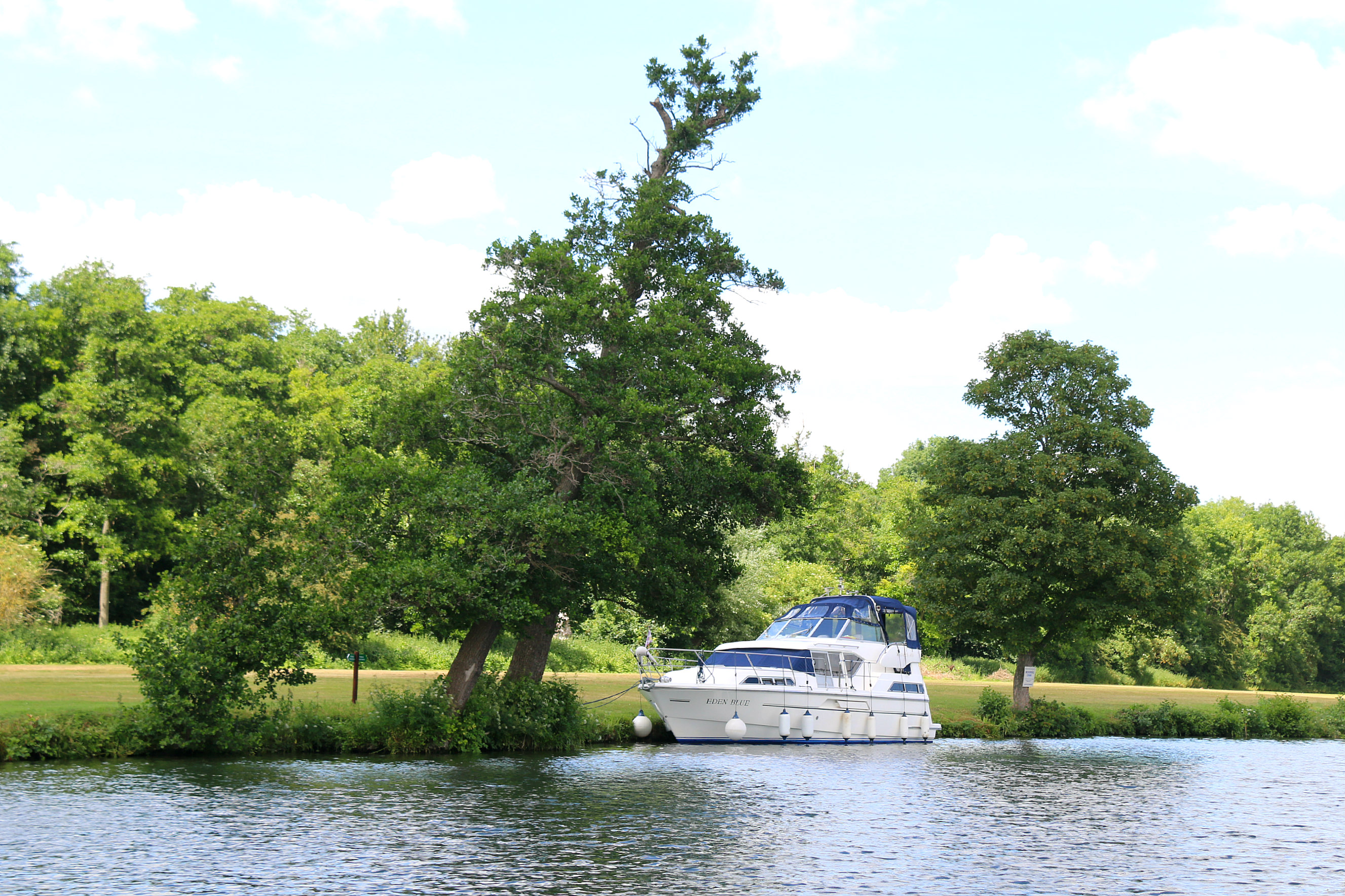 Hobbs of Henley boat tour 6
