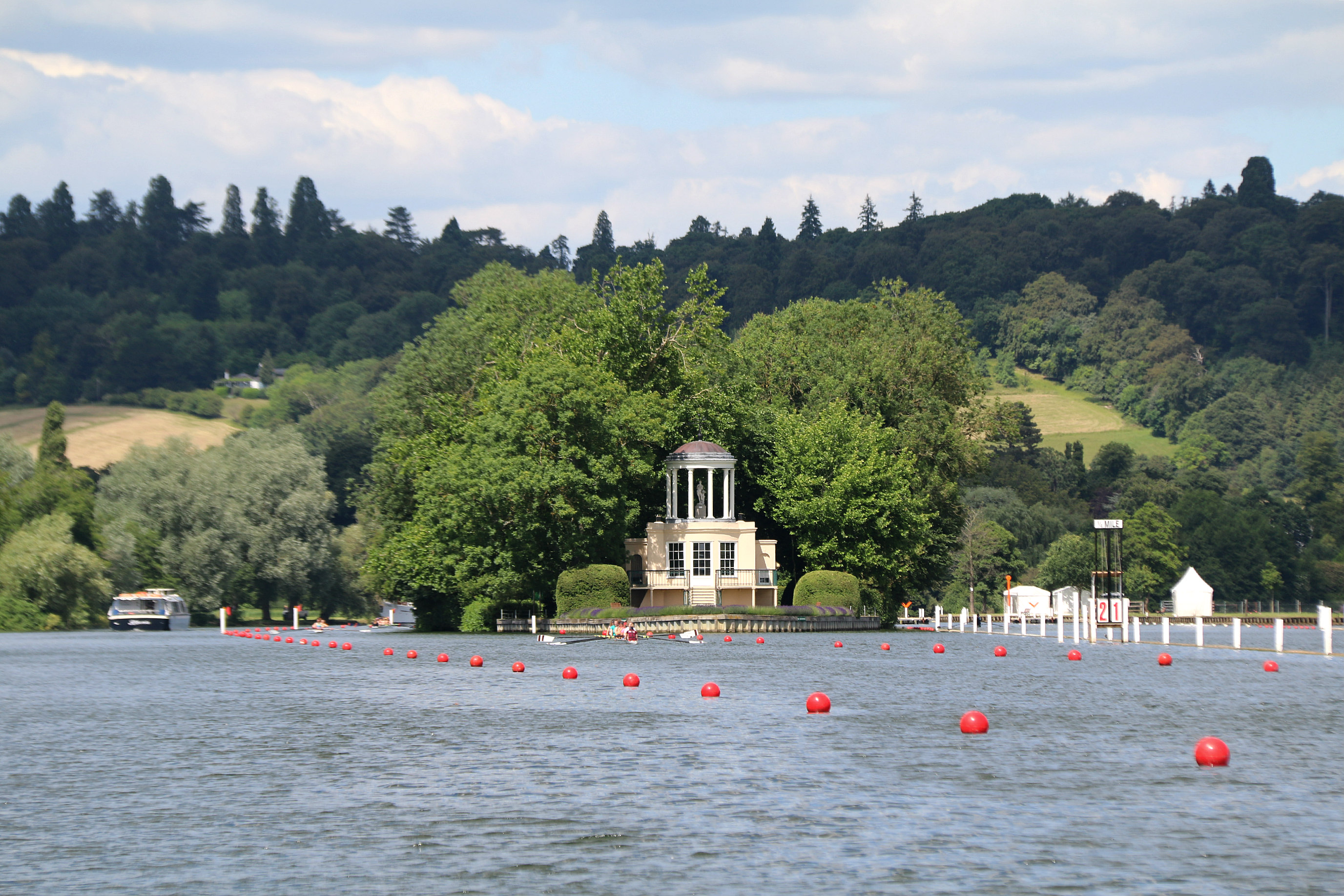 Hobbs of Henley boat tour 7
