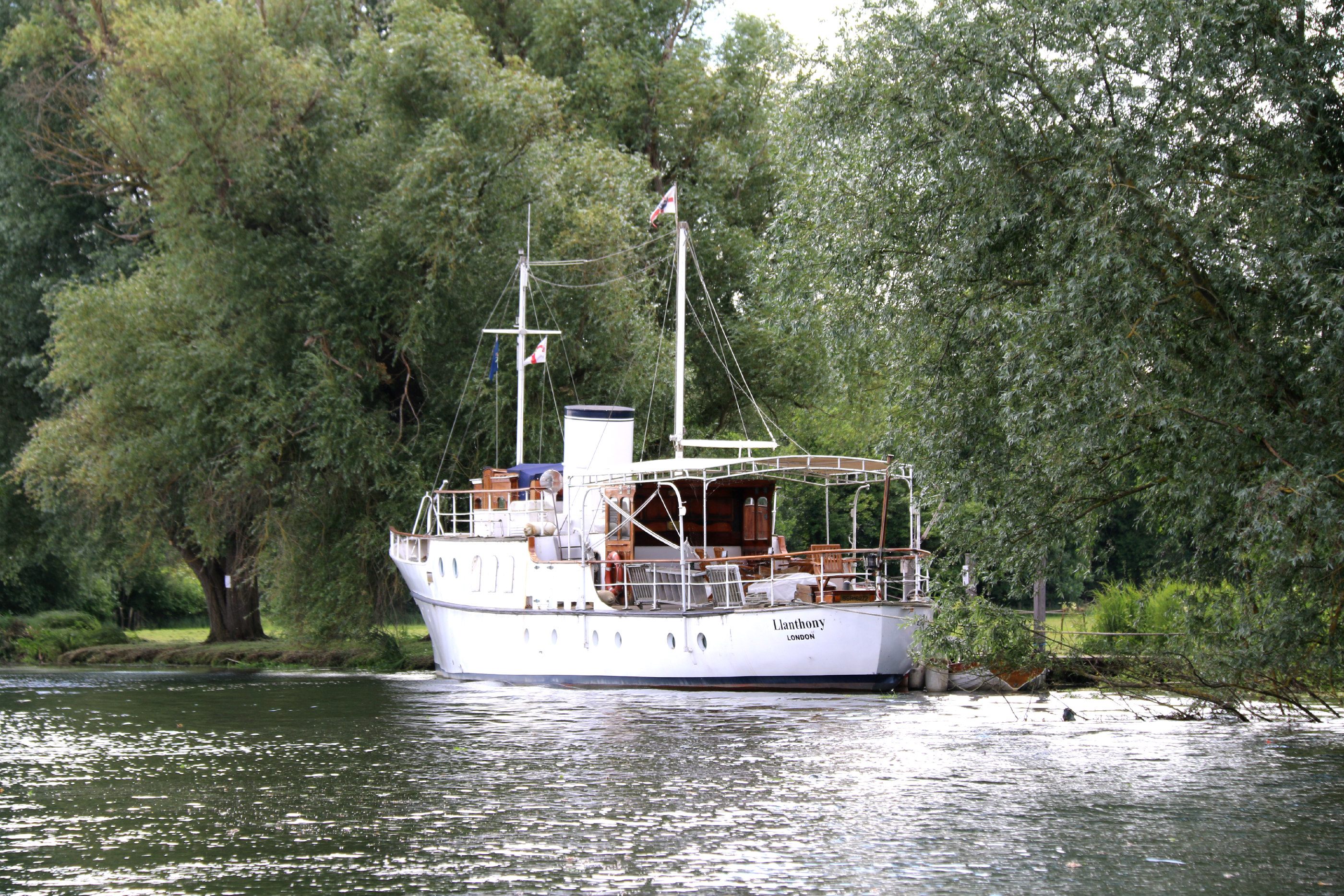 Hobbs of Henley boat tour 18