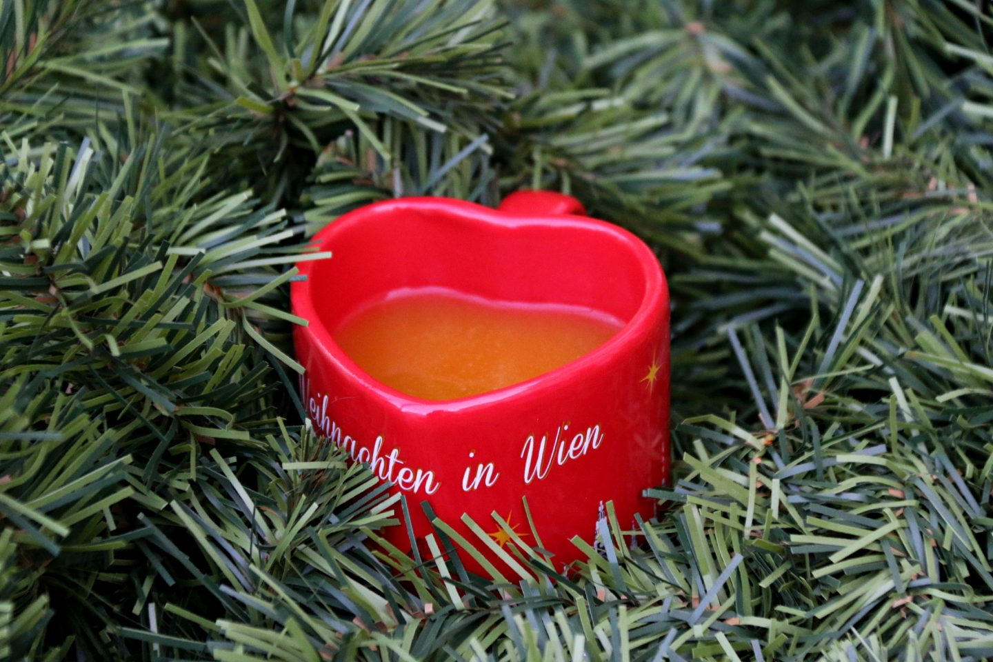 Vienna Christmas Market mulled wine punsch in a heart mug 2