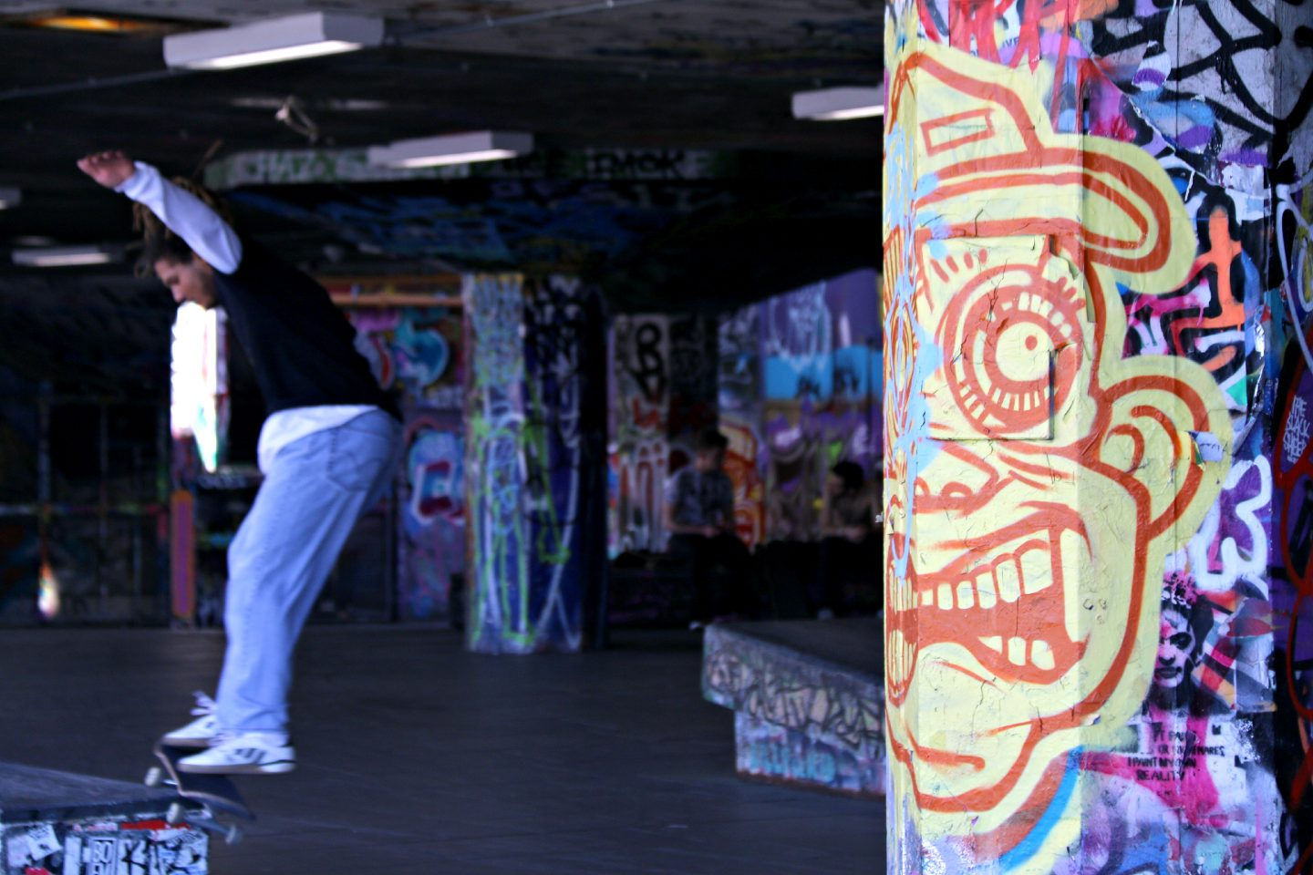 London Southbank skateboard park