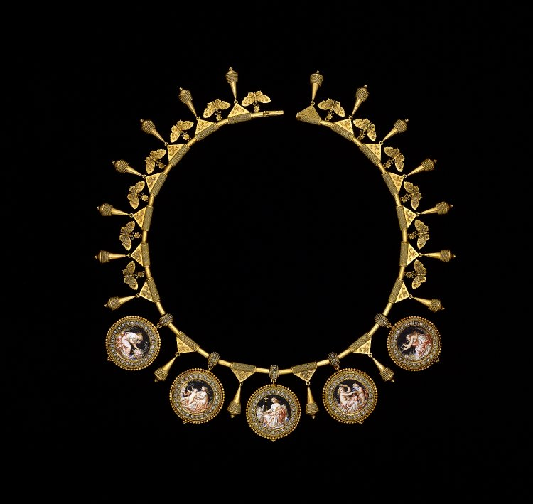 where to see jewel and royal treasure in london - british museum